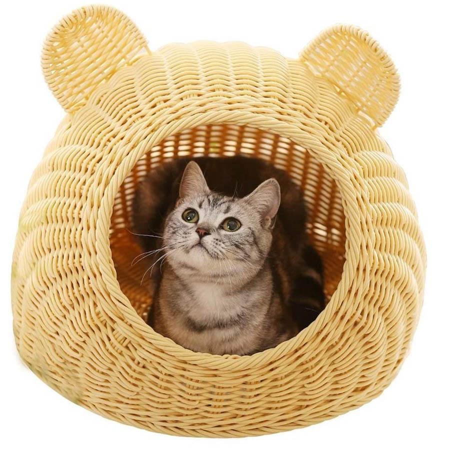 Cueva para gato de mimbre con orejitas
